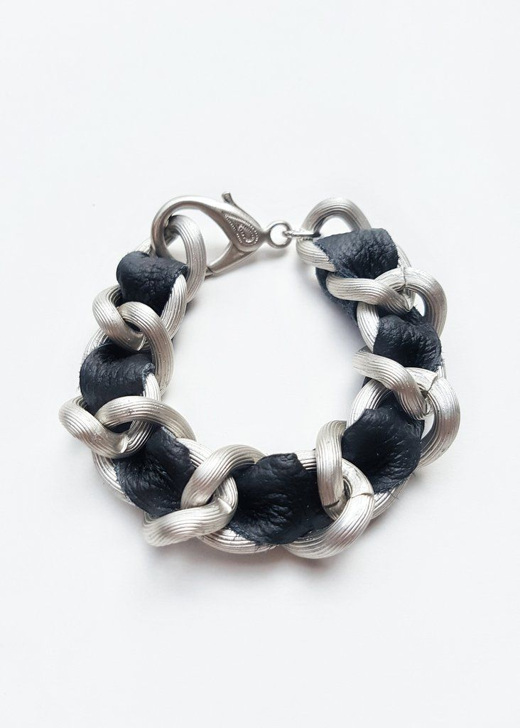FIRST CLASS LARGE MATTE CHAIN & LEATHER BRACELET