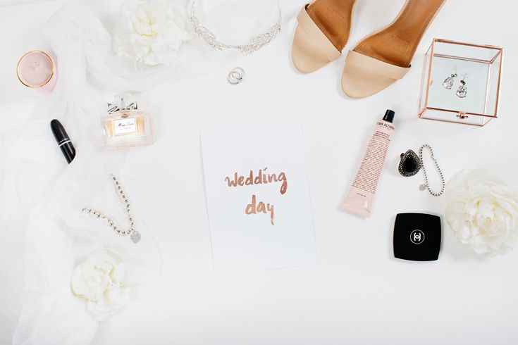 Ten Things Bride's need in their Survival Kit #bridessurvivalkit #weddingday #weddings #Adelaide #sparrowweddings #sparrowblog