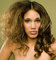 Have you ever suffered from frizzy hair? If so, this article is for you!