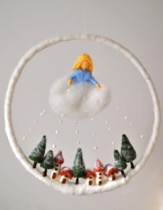 Winter Szene Waldorf inspiriert Nadel Filz Kinder mobile: Frau Holle