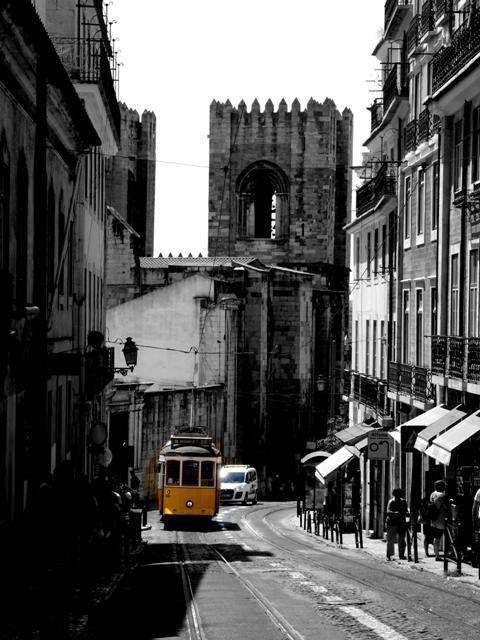 Tramwaj 28, czyli zwiedzanie Lizbony przy pomocy tramwaju [Zdjęcia + Wideo] http://infolizbona.pl/?p=1730 #Lizbona