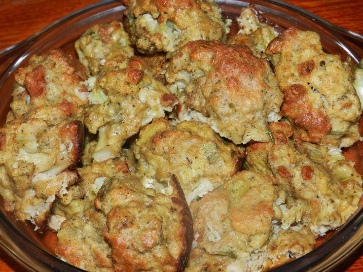 Roasted Cauliflower Poppers (Couve-flor Empanada e Assada). Original Pin: https://www.pinterest.com/pin/335447872221599049/