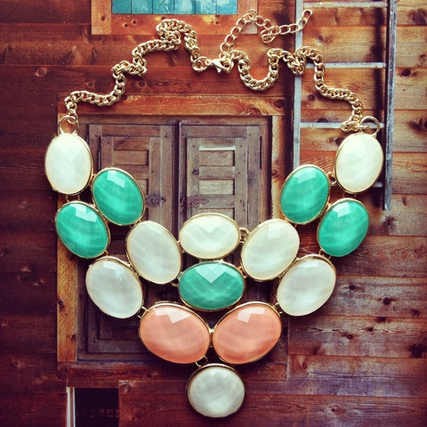 Moonlight Dance NecklaceMoonlight Dance, Statement Necklaces, Pastel Cerveza Tennis, Mint Coral, Spring Fashion, So Pretty, Pree Brulee, Dance Necklaces, Accesories