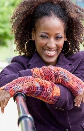 Free Crochet Diva Driving Arm Warmers Pattern.