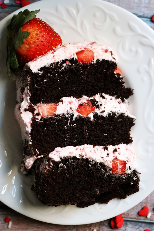 Dark Chocolate Covered Strawberry Layer Cake | Joanne Eats Well With Others