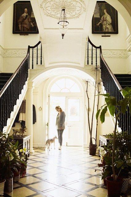 Charming Country Estate: Faringdon House | ZsaZsa Bellagio - Like No Other