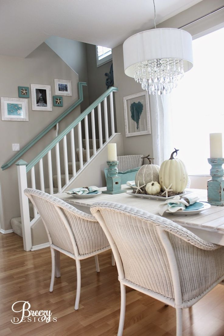 Love What They Did With The Banister Different Coloring On Railing   Breezy  Designs:: Beachy Fall Decorating !