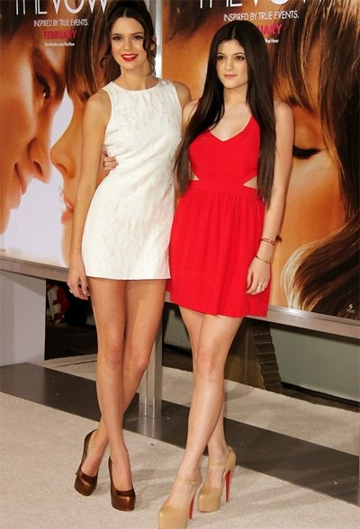 Kendall and Kylie= so pretty