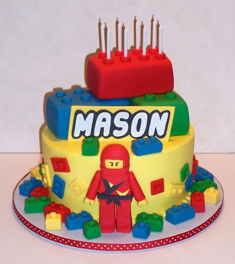 Fun - 12 gateaux d'anniversaire en mode LEGO !