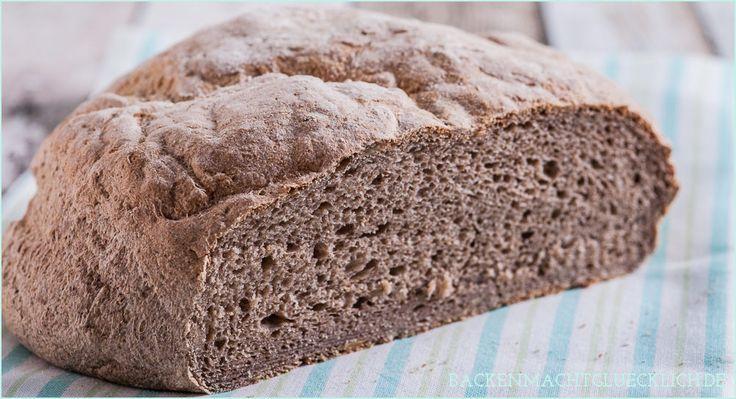 Leckeres glutenfreies Brotrezept ohne Weizenmehl. Das Bauernbrot mit einer glutenfreien Mehlmischung von Schär wird schön aromatisch und fluffig.
