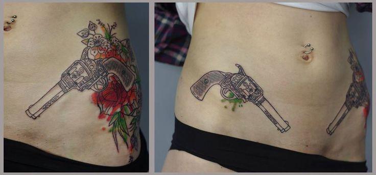 Redberry Tattoo Studio Wrocław #tattoo #inked #ink #studio #wroclaw #warszawa #tatuaz #gdansk #redberry #redberrytattoostudio #katowice #berlin #poland #krakow #kraków #kinga #ojrzynska #kingaoj #graphic #pistolet #rewolwer #roza #rose #flower #kolt
