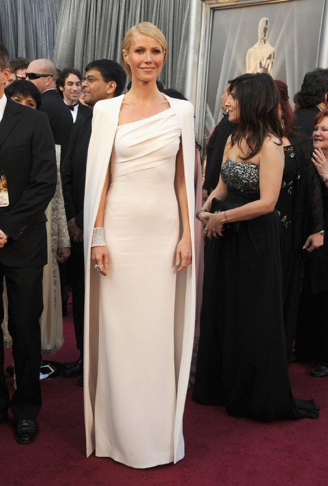 Gwyneth Paltrow in Tom Ford at Oscar's 2012.  Who can wear white and a cape and take your breath away?
