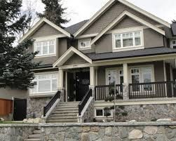 rockport gray benjamin moore exterior - colour idea with off white trim (white down) and dark door