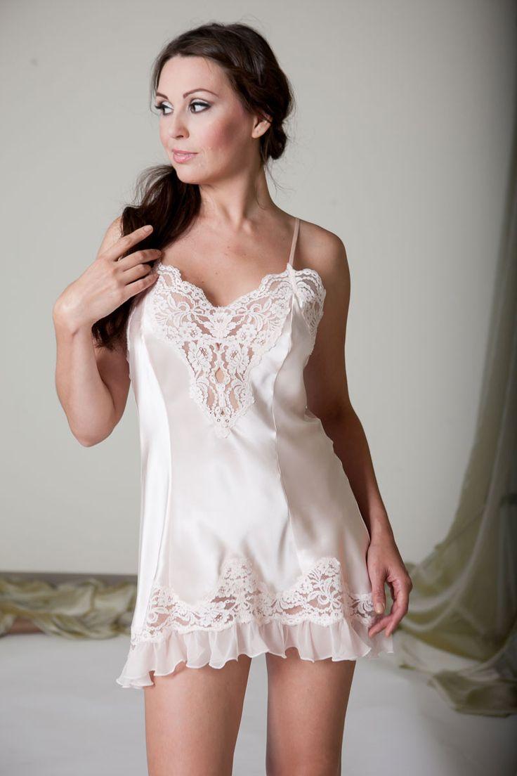 421 best slip images on pinterest shirts satin lingerie. Black Bedroom Furniture Sets. Home Design Ideas