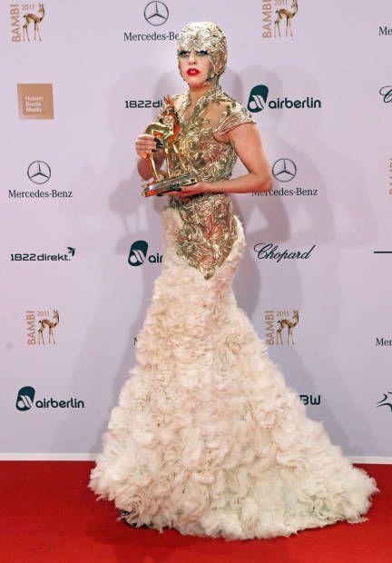 Lady Gaga Fashion Pictures of Lady Gaga - ELLE