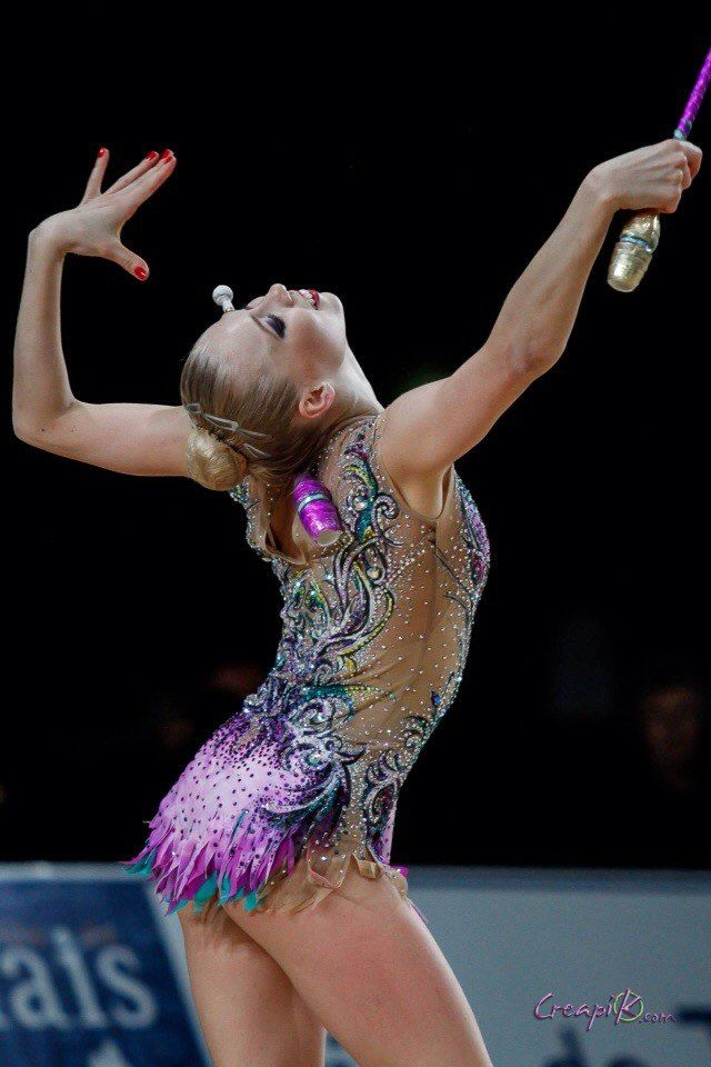 Kseniya Moustafaeva (France) got 17.500 points for clubs at Qualifications, Olympic Games 2016