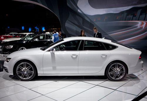 2013 Audi A7 Ibis white with velvet beige interior