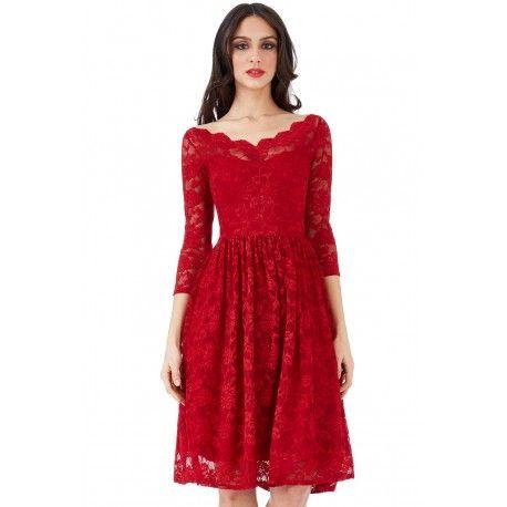 Piękna, czerwona sukienka o długości midi. Modna, koronkowa sukienka idealna na studniówkę. Zapraszamy do naszego sklepu z sukienkami. Zobacz naszą całą ofertę.