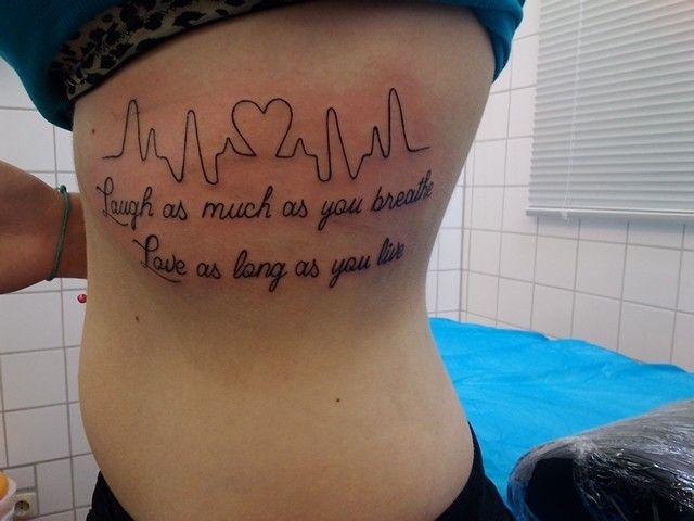 Tattoo Spruch Rippen