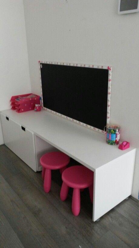 Een kinderhoek met meubels van ikea♡♡♡
