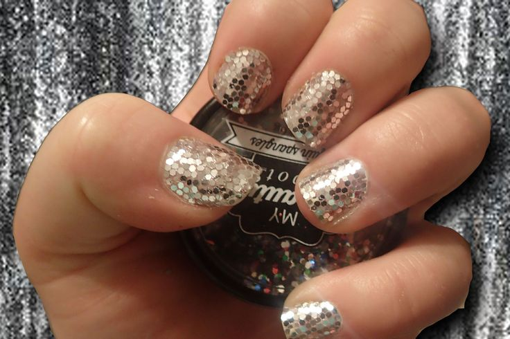 Sequins!!! Would you have the patience to do this?