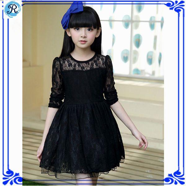 vestido corto, color negro con encaje.... <3
