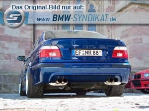 BMW E39 M5 bright blue rear view, wide tires