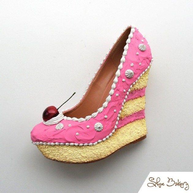 es chaussures en forme de gâteaux et pâtisseries  que l'on peut porter et presque manger …