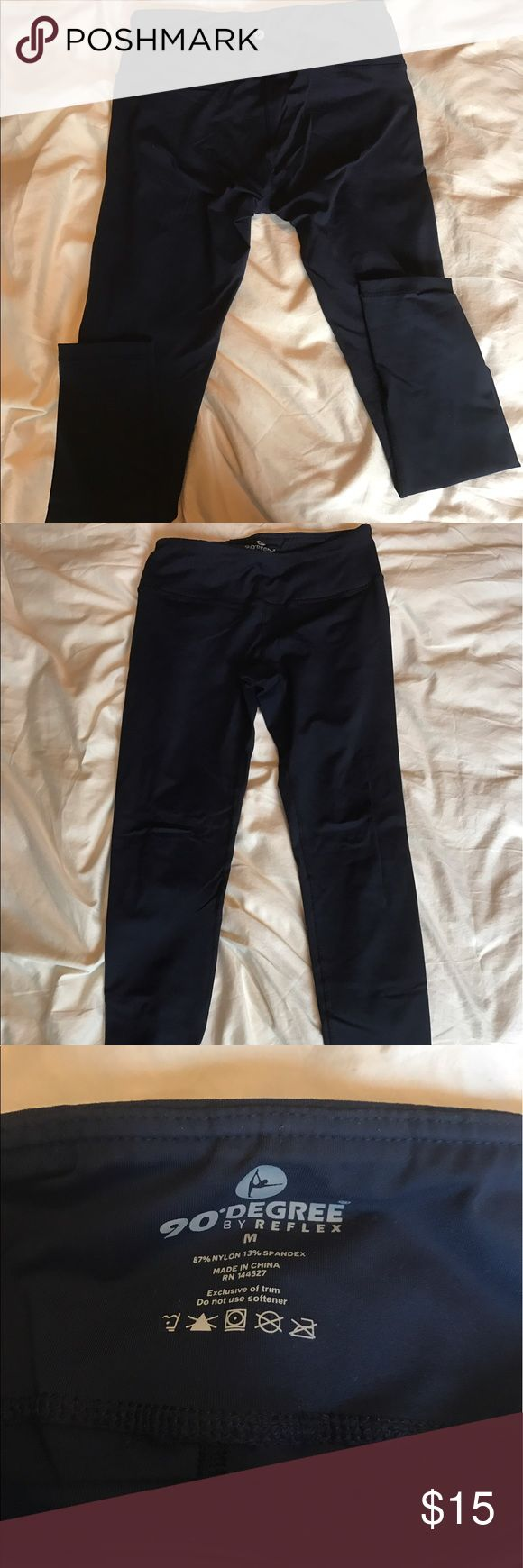 EUC 90 Degrees by Reflex navy legging Excellent condition navy leggings. Has a great thick waist band that keeps your tummy tucked in. 90 Degrees by Reflex Pants Leggings