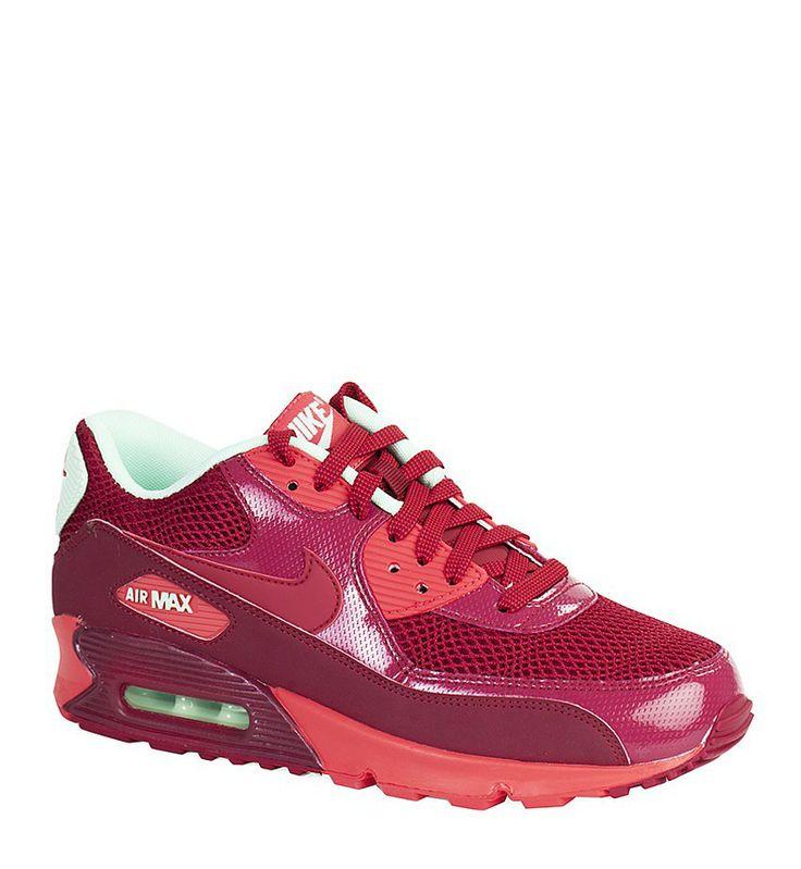 Modne buty sportowe: Nike Air Max 90, 439 zł