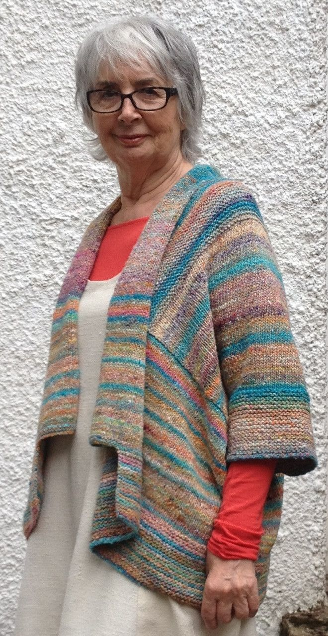 Knitting Pattern For Kimono Cardigan : 2027 best Knitted cardigans, jackets, coats and the likes images on Pinterest...