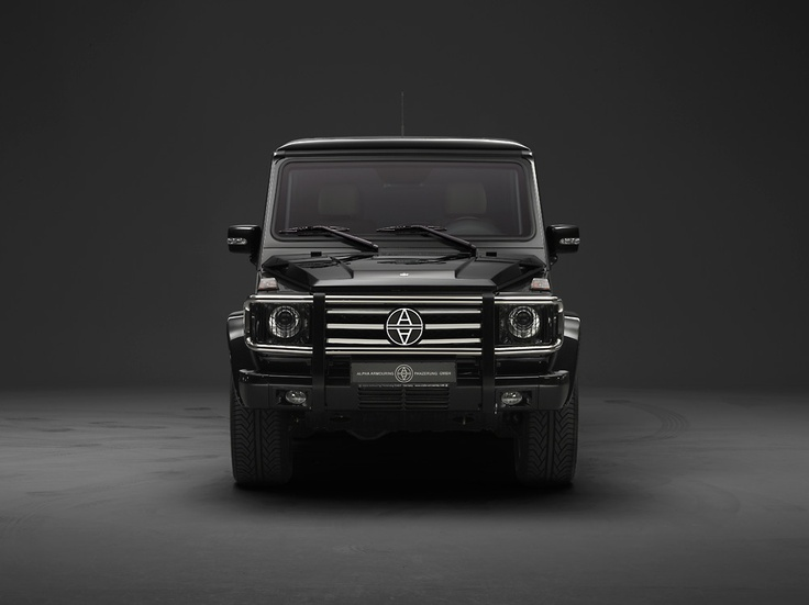 Mercedes benz g 55 amg kompressor suv toys for the boys for Mercedes benz suv models list