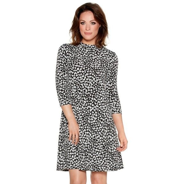M&Co Petite Heart Print Swing Dress (455 MXN) ❤ liked on Polyvore featuring dresses, black and white, petite, pattern dress, workwear dresses, petite dresses, heart pattern dress and black and white pattern dress