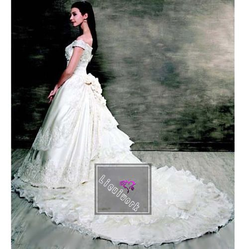 17 best images about wedding dresses on pinterest satin for Plus size victorian wedding dresses
