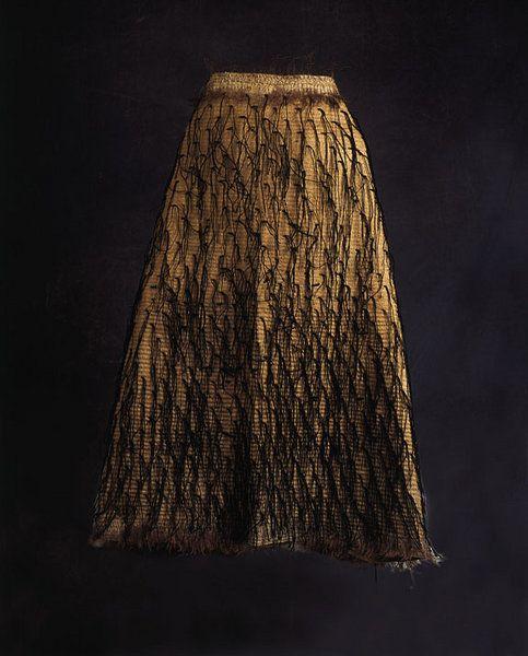 A fine New Zealand Maori Black tag Mantle 'E Koroai' (New Zealand ( Maori ))