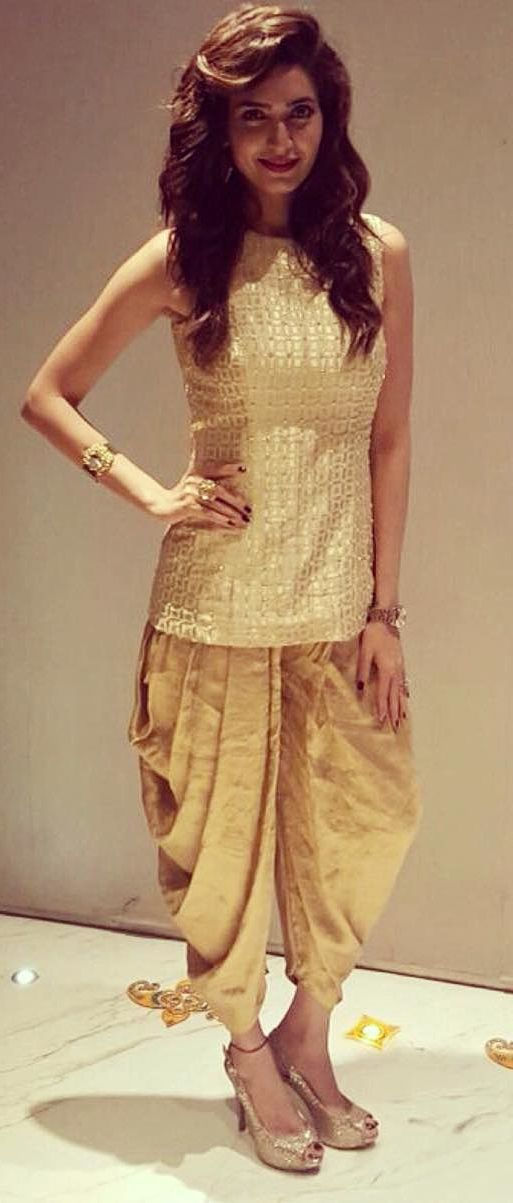http://www.nallucollection.com/bollywood.html