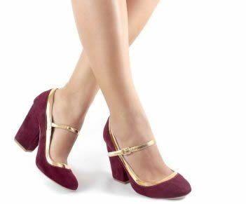 Sapato boneca  Sapato com pulseira no tornozelo, sem salto ou com salto baixo, originariamente criado para crianças.  Durante a década de 20, o modelo foi muito usado pelas mulheres.