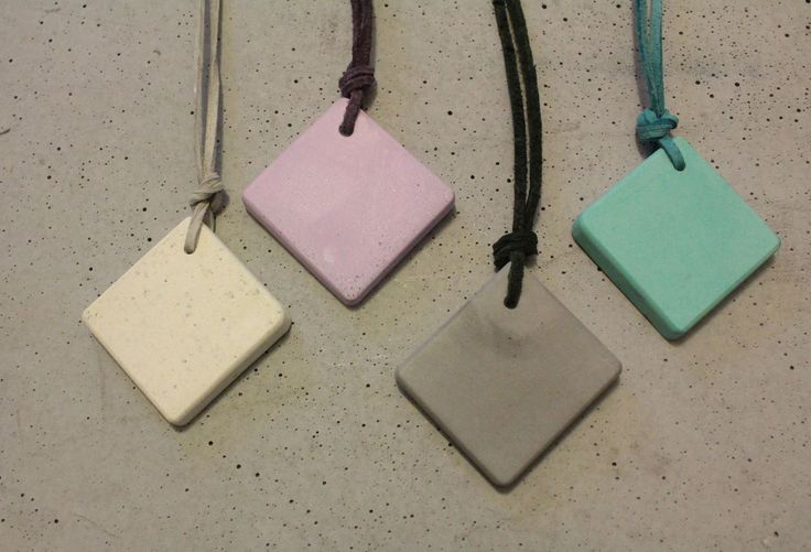 Color square pendant