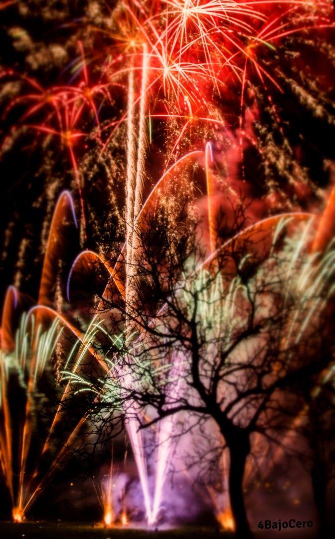 Fotografía de los fuegos artificiales de O Patio para pirotecnia Penide #fireworks #photography #fotografía #fuegos