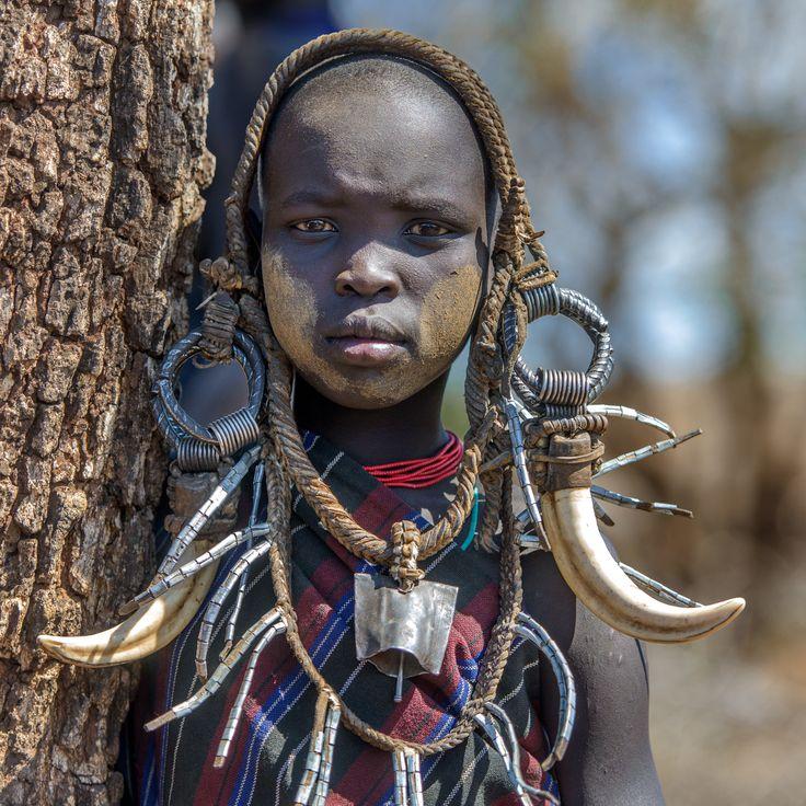 Порно голые модели из африканских племен фото девушки чулках смотреть