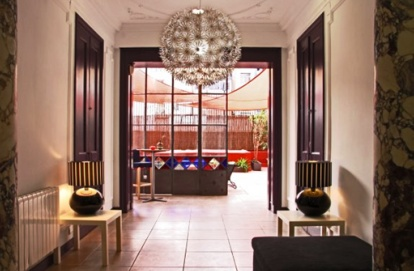 Violeta Hostel in Barcelona, Spain offers 11 rooms, decorated in modern design, spacious and fully equipped