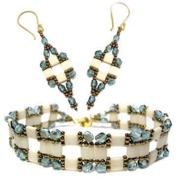 Tila Squared Bracelet and Earrings (Bead-Patterns Item Number 17882 only $5). I HAVE GOT TO GET THIS PATTERN!