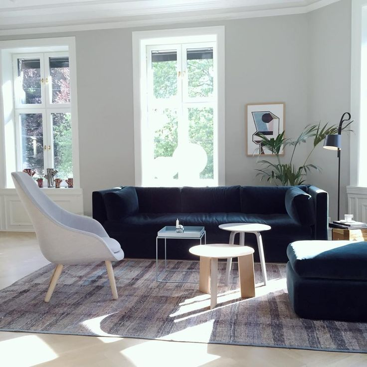 A nice day at HAY House Oslo! Hackney sofa and About a Loungechair. Small tables: Tray table in New colour, Elephant table and Bella coffeetable. #hay #haynorge #haydesign #hackneysofa #aboutalounge #hayhouseoslo
