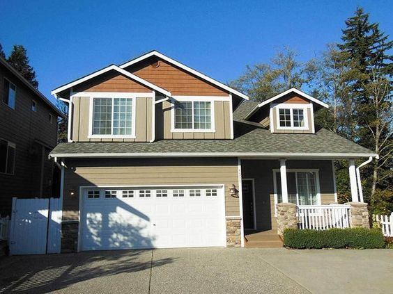 4 Bed Craftsman with Master Up - 23020JD | 2nd Floor Master Suite, Butler Walk-in Pantry, CAD Available, Craftsman, Loft, Northwest, PDF, Photo Gallery | Architectural Designs