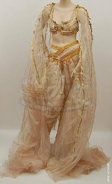 Van Helsing (2004) costumes wardrobe marishka_bride01