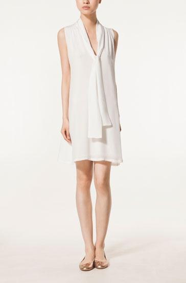 Pretty simply white summer dress.