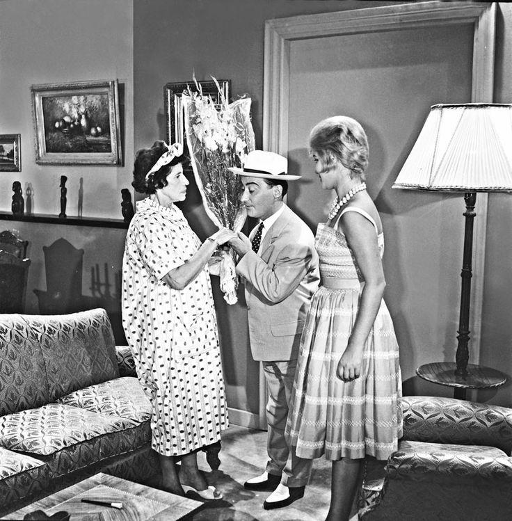 Finos Film - Photo Gallery Ταινίας: 'Ο Κλέαρχος, Η Μαρίνα Και Ο Κοντός' (1961)