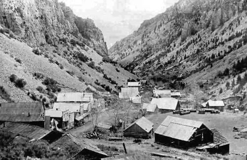 Bayhorse (silver mining town) in its heydays.