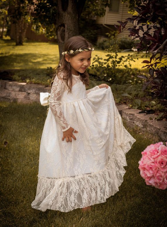 40 + Etsy Flower Girl Dresses on www.modernwedding.com.au/blog // Available at Flower Girls Couture on Etsy