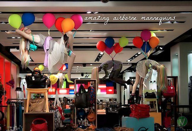 Оформление витрины магазина одежды (TopShop) » Витринистика.Ру | Оформление витрин магазинов